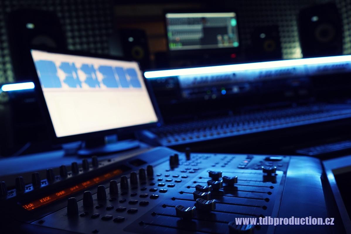 Chtěli bychom zvuk jako .... , dokážete ho v nahrávacím studiu udělat?
